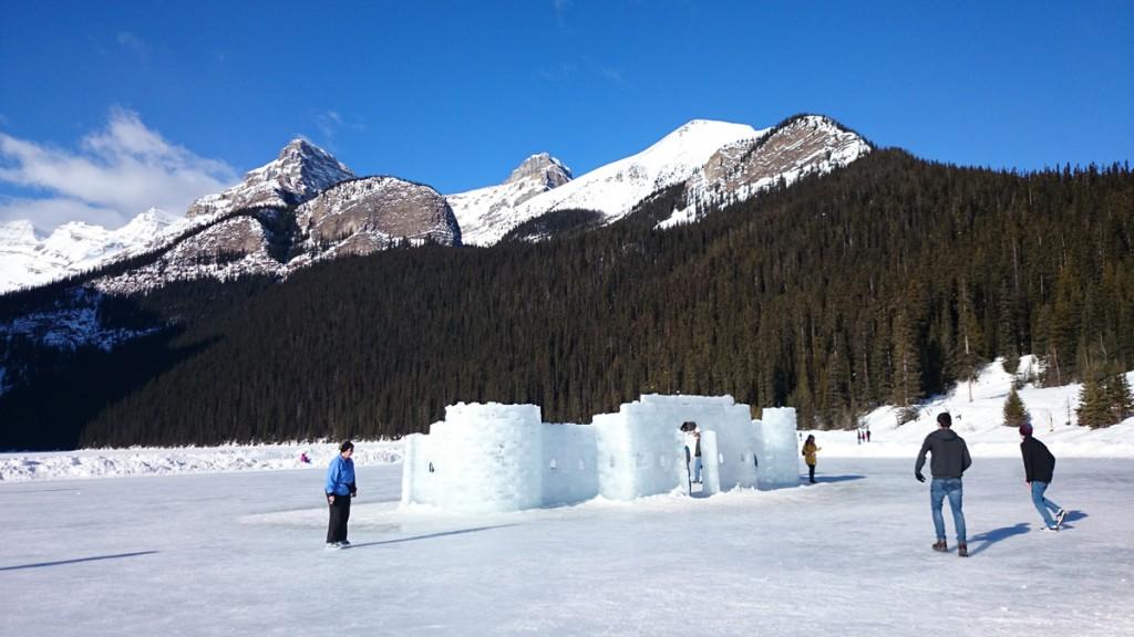 Eislaufen auf Lake Louise